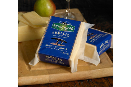 Kerrygold Skellig Sweet Cheddar - feature