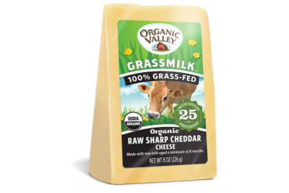 Organic Valley Grassmilk Sharp Cheddar-feature
