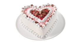 DQ Ghirardelli Dipped Strawberry Cupid Cake