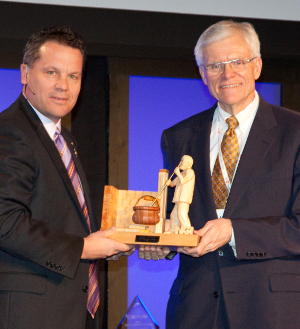 Larry Jensen, President of Leprino Foods Company,  Receives 2013 NCI Laureate Award